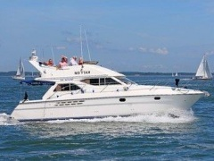 Princess 360 Fly Flybridge Yacht