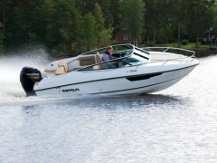 Flipper 640 DC Pilothouse Boat