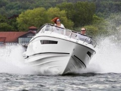 Parker 750 Day Cruiser Barco desportivo