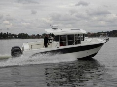 Parker 800 Pilothouse Kabinenboot