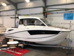 Quicksilver Activ 755 Weekend Pilot House Boat