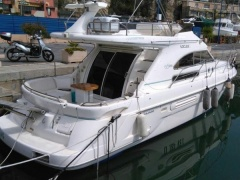 Sealine 360 Fly Flybridge Yacht