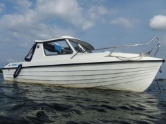 IDEAL 550 HT Classic Kajütboot