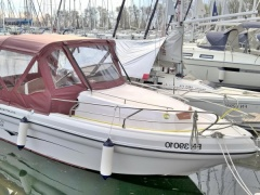 Ranieri Atlantis Cabin 22 Pilothouse