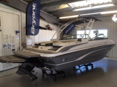 Bryant Boats 210 Walkabout Wakeboard / Water Ski