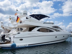 Sunseeker Manhattan 64 Flybridge Yacht