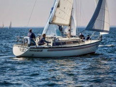 Dufour 3800 Keelboat