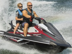 Yamaha WaveRunner VX Cruiser HO - April 2019 Jetski