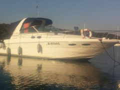 Sea Ray 310 DA Sundancer Cruiser Yacht