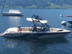 Correct Craft Super Air Nautique Wakeboard / Wasserski