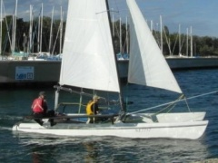 Hobie Cat HC 21 Catamarano