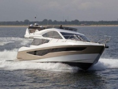 Galeon 550 Fly Yacht a Motore