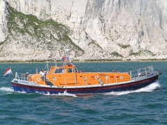 Solent-Class Lifeboat 48 Yacht a Motore