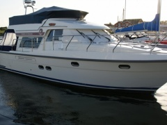 Storebro 435 Commander Flybridge Yacht