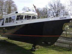 Hollandia 1300 Motoryacht