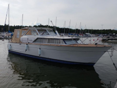 Chris Craft Cavalier Crusader 36 Motoryacht