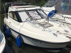 Galeon Galia 670 MC Kabinenboot