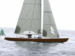 5,5 stazza 5.5 S.I. Racing boat