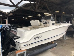 Boston Whaler outrage 230 Bowrider