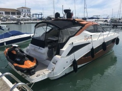 Galeon 385-405 HTS Pilothouse