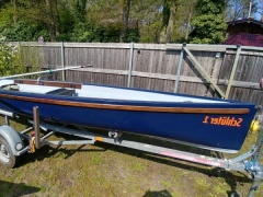 Virus Yole Custom Ruderboot