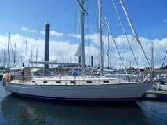 ISLAND PACKET 440 Sailing Yacht