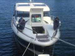 Aquador 23 HT Pilothouse