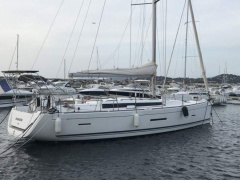 DUFOUR 450 GRAND LARGE Sailing Yacht