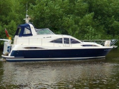 Broom 42 Cl Flybridge Yacht