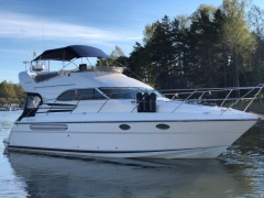 Fairline Phantom 42 fly Flybridge Yacht