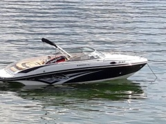 Rinker 246 BR / CC Barco deportivo