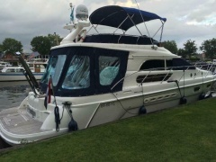 Sealine F44 Flybridge