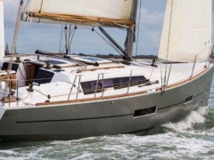 Dufour 382 Grand Large Sailing Yacht