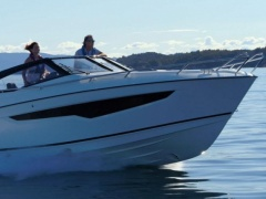 Parker 850 Voyager Yacht a Motore