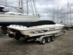 Wellcraft 33AVS stepped hull Speedboot