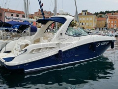 Sea Ray 355 DA Iate a motor