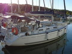 Dufour 325 Gran Large Segelyacht