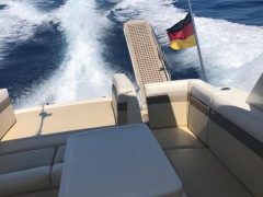 Sea Ray 450 Sundancer Yacht a Motore