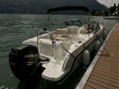 Boston Whaler Vantage 230 Speedboot