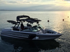 Correct Craft Super Air Nautique 210 Wakeboard/Wakesurf