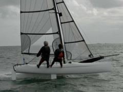 Spitfire (Loday White) Catamarano