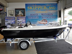 Skipperland Family 420 Center console boat