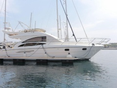 Princess 42 Flybridge Flybridge
