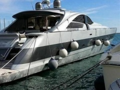 Pershing 88 Yacht a Motore