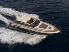 Princess V62-S Flybridge