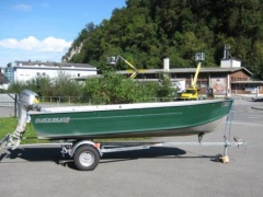 Quicksilver 450 SF Fishing Boat