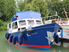 Altena Cruiser Flybridge