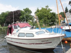 Holland Boot Waterland 750 Bote con cabinas