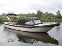 Kwaak Vlet 740 Tuckerboot