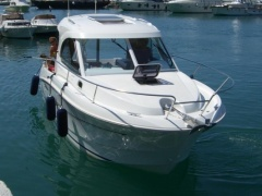 Antares 8 Pilothouse
